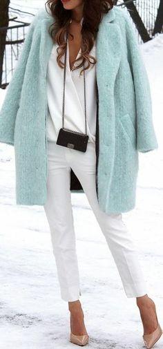 Mint + white. Mint coat white trouser. Mix colours. Winter Trend. Fashion.