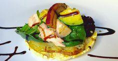 #healthyfood #salmon #avocado #gallettedimais #salad #spuntino #potato