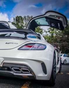 Mercedes SLS Black Series Advance Auto Parts  is your source for quality auto parts, advice and accessories  855 639 8454 Save 20 % on your order Promo Code CC20