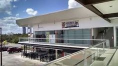 Image result for locales comerciales Strip Mall, Commercial, Building, Outdoor Decor, Ideas, Home Decor, Arquitetura, Flats, Projects