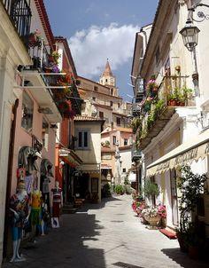 Street view in Maratea, , province of potenza rebion Basilicata, Italy (by arny_bol).