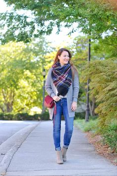 The perfect outfit idea for fall via Peaches In A Pod blog. Plaid blanket scarf, ankle boots, burgundy crossbody bag.