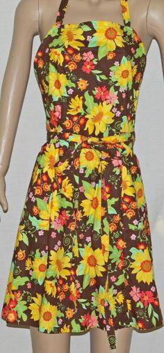 Kansas Sunflower Apron $25 by AGiftToTreasure on #zibbet