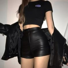 Fashion Grunge Outfits Products 63 Ideas For 2019 Grunge Style Outfits, Mode Outfits, Cute Casual Outfits, Girl Outfits, Black Outfits, Hipster Outfits, Summer Outfits, Party Outfits, Outfits With Leather Skirt
