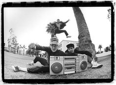Beastie Boys @ KXLU (1985) – Image by Glen E. Friedman
