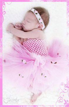 Pink Little Princess Ballerina Infant Tutu por PoshBabyGirlTutus