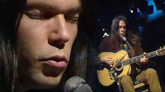 """26-Year-Old Neil Young Performs """"Old Man,"""" And It's Absolutely Breathtaking   Society Of Rock Videos"""