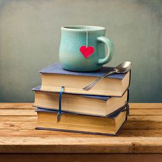 Love, tea and books, what can be better? Find love on Flirt.com