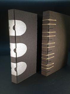 Boekbinderij Papyrus, handboekbinden op deugdelijke, ambachtelijke wijze. Werk van Helene de Vos