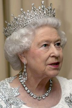 Queen Elizabeth II, wearing her Diamond Riviere necklace
