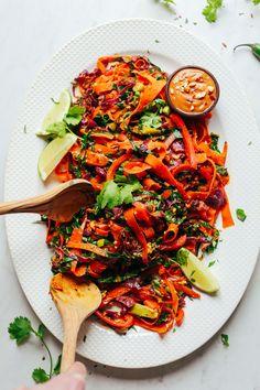 INCREDIBLE Noodle-Free Pad Thai! 30 minutes, entirely #plantbased, SO delicious! #vegan #glutenfree #padthai #minimalistbaker #recipe