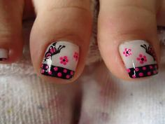 Butterfly Pattern Nail Art Painting on the nails isn't straightforward in the slightest degree, and it prices tons of cash if it's enforced in Toe Designs, Pedicure Designs, Pedicure Nail Art, Diy Nail Designs, Toe Nail Art, Cute Toe Nails, Love Nails, Butterfly Nail Art, Feet Nails