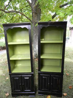 love the black and green - Thinking about the cabinet upstairs bath...