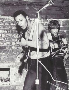 Uncredited Photographer Arthur Lee and Bryan MacLean of the band Love 1965 60s Music, Music Film, Music Icon, Laurel Canyon, Love Band, Thing 1, Music Images, Best Rock, Pop Rocks