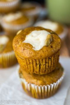 Pumpkin Cream Cheese Muffins ~ Starbucks Copycat! #copycat recipe