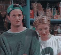 tv shows icons Tv: Friends, Serie Friends, Friends Cast, Friends Episodes, Friends Moments, Friends Tv Show, Ross Geller, Phoebe Buffay, Chandler Bing