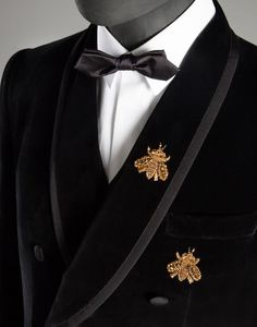 VELVET MARTINI FIT DOUBLE-BREASTED SUIT WITH BEE EMBROIDERY Dolce&Gabbana