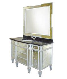 Мебель для ванных комнат Mobili di Castello: Classics #hogart_art #interiordesign #design #apartment #house #bathroom #furniture #MobilidiCastello #shower #sink #bathroomfurniture #bath #mirror