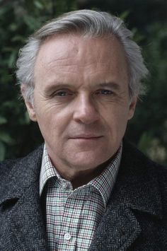 Welsh actor Anthony Hopkins on the set of the Carolco film 'Chaplin', Anthony Hopkins Movies, Sir Anthony Hopkins, Hollywood Men, Hollywood Stars, Classic Hollywood, Anthony Hopkins Hannibal Lecter, Old Movie Stars, British Actors, Actor Model