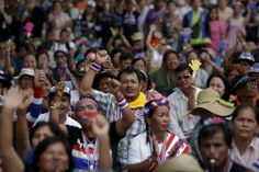 Rice farmers protest as Thai government's funding woes mount - REUTERS #Thailand, #Farmers