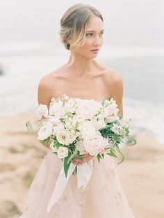 California coastal wedding. Flowers by Plenty of Petals. Carmen Santorelli Photography.