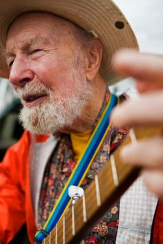 Pete Seeger, Champion of Folk Music and Social Change, Dies at 94 - NYTimes.com Pete Seeger at Beacon Sloop Club in Beacon, NY, 2010.