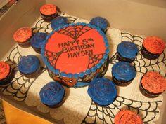 Spider Man Comic Cake w/ Cupcakes