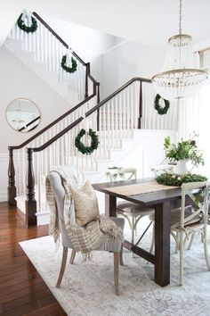 Decked & Styled Holiday Living Room - A Thoughtful Place