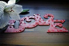 Holz: Love · time4booksandmore.com Magnolia, Symbols, Letters, Love, Stencils, Amor, Magnolias, Icons, Letter