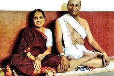 Shri K. Pattabhi Jois (vintage yoga photo) ...... #vintageyoga #yogahistory #ashtanga #ashtangayoga #yoga #yogainspiration