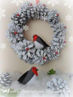 De Todo Un Poco: TUTORIAL: CORONA AND CHRISTMAS CANDLE HOLDER