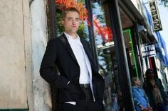 New Still of Rob in 'Maps To The Stars' ~ Hollywood News by charity