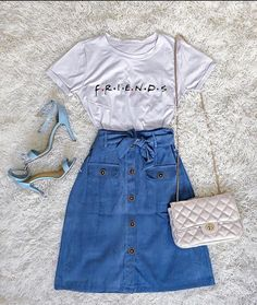 10 comfy spring/summer outfits that are stylishly cool Teen Fashion Outfits, Teenage Outfits, Cute Fashion, Outfits For Teens, Summer Outfits, Fashion Dresses, Moda Fashion, Fashion Fashion, Cute Casual Outfits