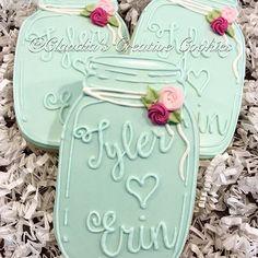 Simple mason jar wedding favors #decoratedcookies #decoratedsugarcookies #sweets #cookies #dessert #weddingfavors #weddingcookies #wedding #favors #masonjar #masonjarcookies #customcookies