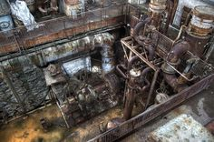 R Power Plant by Filth City, via Flickr