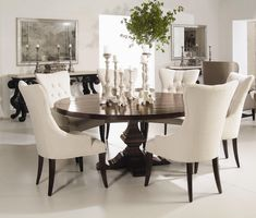 Dining Room - love round tables