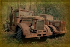 *1940's Kenworth and Peterbilt...By Mike Pearson