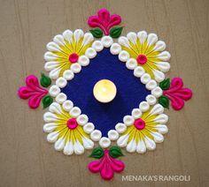 Rangoli Designs Simple Diwali, Simple Rangoli Border Designs, Rangoli Simple, Rangoli Designs Latest, Rangoli Designs Flower, Free Hand Rangoli Design, Small Rangoli Design, Rangoli Kolam Designs, Rangoli Ideas