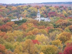 Manhattan, KS : Autumn colors in Manhattan, Anderson Hall on KSU campus in foreground