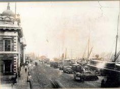 The Port - Dublin Docklands Old Photos, Vintage Photos, Images Of Ireland, Photo Engraving, Dublin City, Queen Victoria, Historical Photos, Custom Homes, Paris Skyline