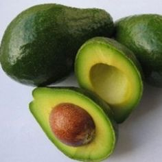 Avocado is a nutritious fruit that is high in healthy fats. The average avocado has 15 grams of fat but only 2 net carbs which is what makes this a great food for a ketogenic diet. Avocado Plant From Seed, Healthy Fats, Healthy Recipes, Healthy Skin, Easy Recipes, Healthy Eating, Healthy Life, Collagen Facial, Avocado Health Benefits