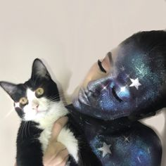 HALLOWEEN CAT 🐾  #halloween #halloweencostume #halloweenmakeup #halloween2017 #makeup #makeupartist #art #galaxy #galaxymakeup #inspiration #ilovemycat #iloveanimals #ilovemakeup #cat #cats #catsofinstagram #love