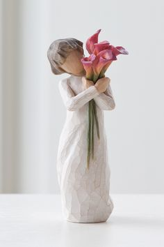 Willow Tree Bloom Figurine  With a bouquet of beautiful #CallaLilies as its focus, the Bloom figurine represents the vibrancy, #support, and constancy of enduring friendships.  Like our #friendship... vibrant and ever-constant.  Each original #WillowTree sculpture is hand carved by artist Susan Lordi. Using family and friends as models, Susan's goal is to capture a moment in time or express an intimate feeling. Pieces are cast from her original carving and individually painted by hand.