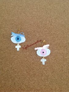 image Christening Party, Diy And Crafts, Crochet Earrings, Favors, Baby Shower, Embroidery, Knitting, Evil Eye, Gifts