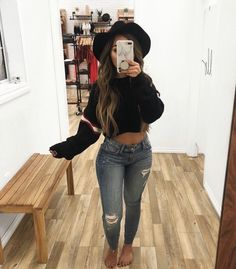 Swag, new generation phrases attractive appearance or approach. Want to outfit as a swaggy? Casual Bar Outfits, Cute Fall Outfits, Swag Outfits, Night Outfits, Fall Winter Outfits, New Outfits, Summer Outfits, Girl Outfits, Fashion Outfits
