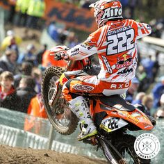 Antonio Cairoli starting off the 2012 MXGP with a bang in Valkenswaard. #axoracing #tbt