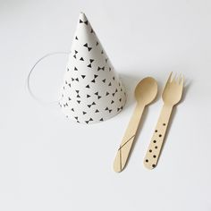 Make your own personalized utensils! DIY pimp your wooden cutlery!