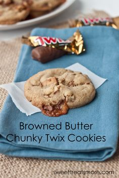 Browned Butter Chunky Twix Cookies -these look amazing! #cookies #desserts