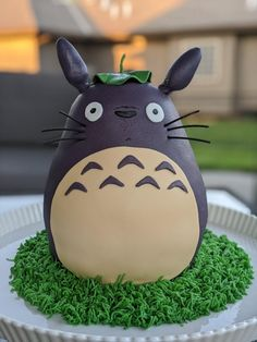 Totoro, Violet Cakes, Anime Cake, Teen Cakes, Beautiful Cake Designs, Japanese Cake, Birthday Wishes And Images, Babies Photography, My Birthday Cake