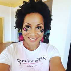 Meet founder Leah Patterson and learn more about this awesome and innovative brand. MOVE Makeup is sweatproof and natural makeup created for active women who are tired of having to constantly touch up their look. No need to with MOVE. You'll be flawless and polished, no matter what. Shop online at Natural Makeup, Best Makeup Products, Tired, Meet, Glamour, Touch, Awesome, Shop, Women